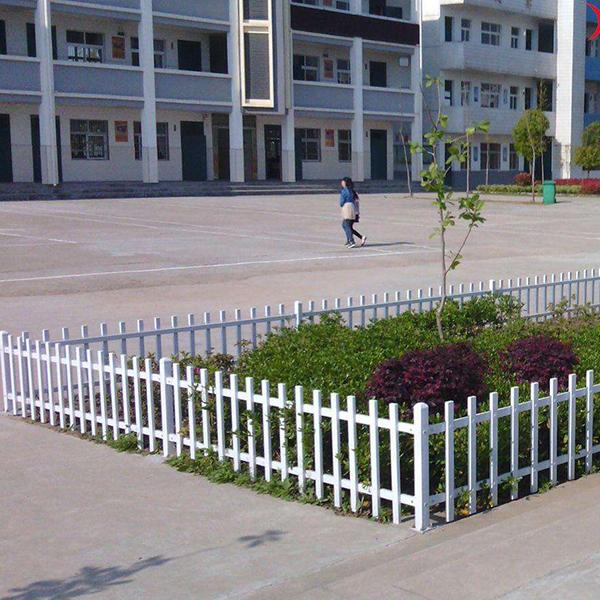 草坪护栏案例